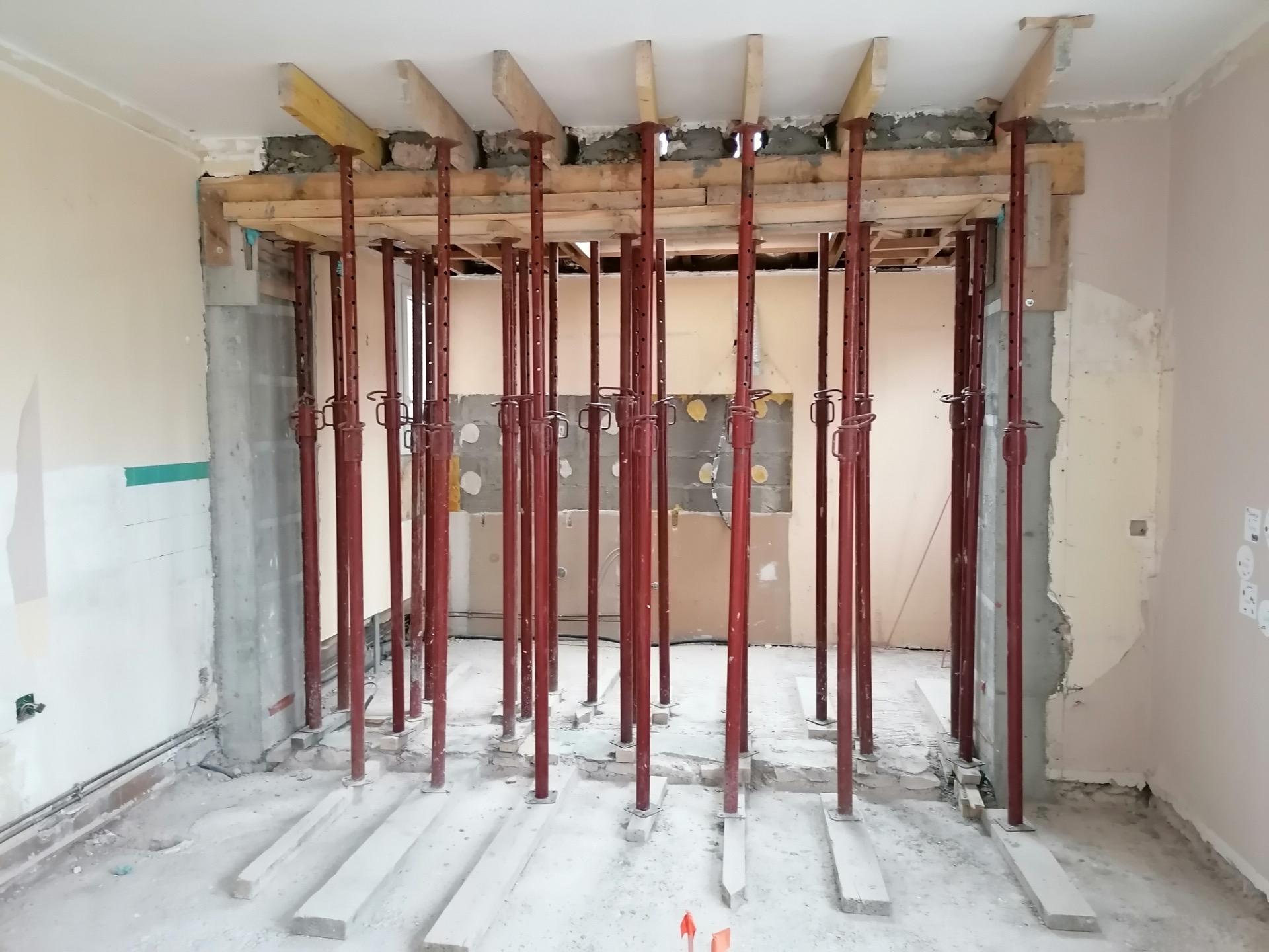 Ouverture d'un mur porteur pendant les travaux