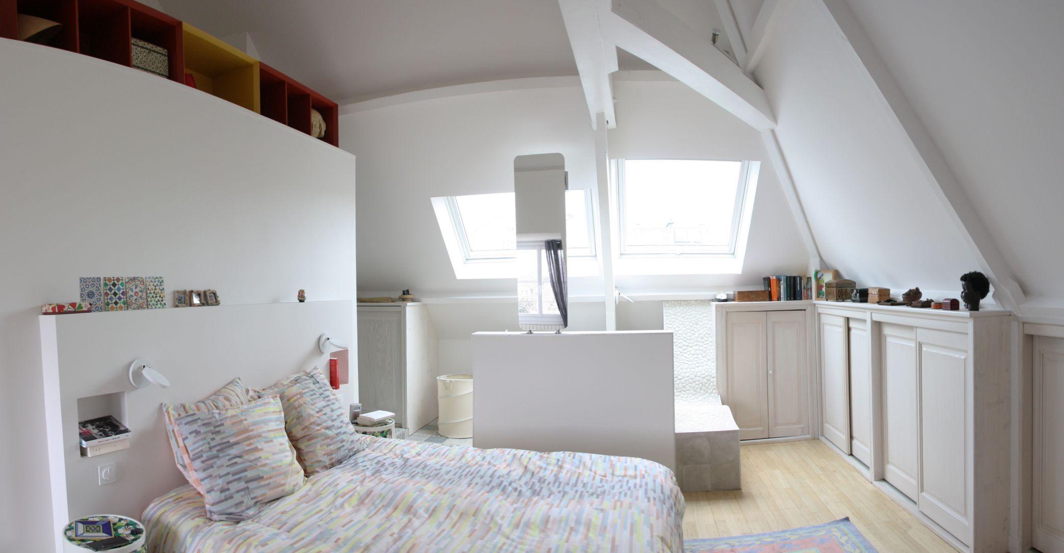 suite-parentale-comble-blanche-meuble-sous-vasque-chambre