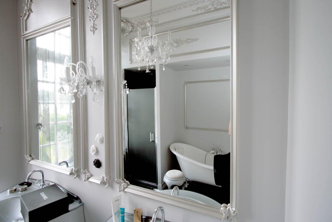 Salle de bain luxueuse livrée clé en main
